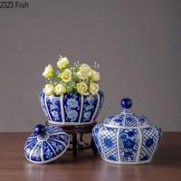 Klassische Keramik Vasen Blau und Weiß Porzellan Vase Speicher Jar mit Abdeckung Schreibtisch Dekoration Floral Anordnung Vintage Wohnkultur Vasen