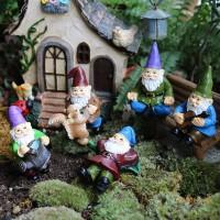 FairyCome 5 stücke Fee Garten Miniaturen Gnome Zwerg Micro Mini Gnome Figuren Garten Gnomes und Fairys Harz Zwerg für Terrarium Figuren & Miniaturen